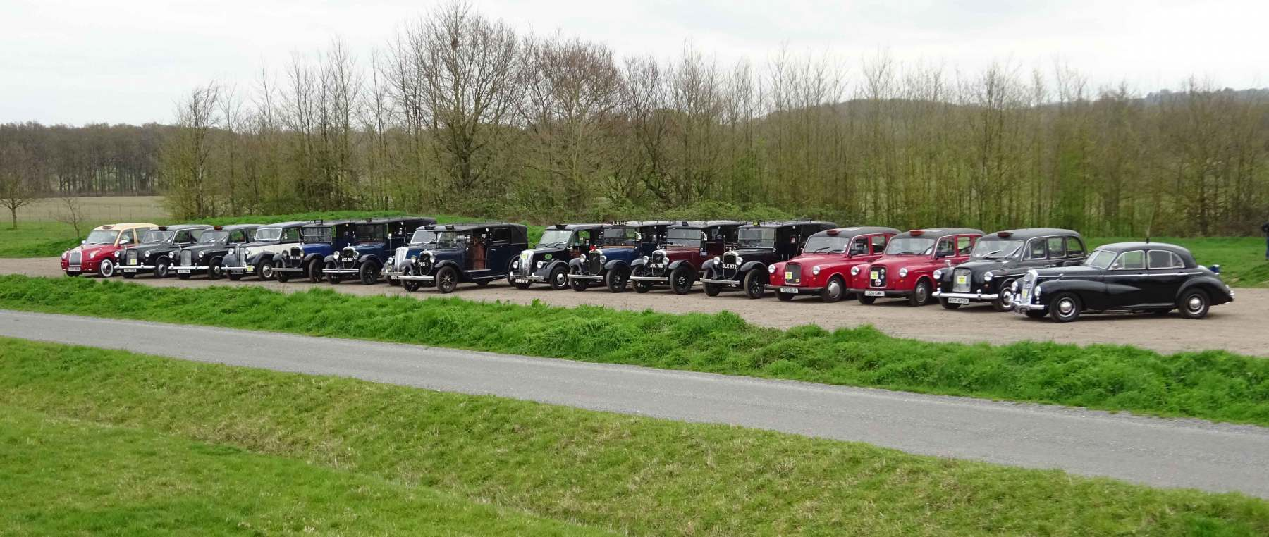 Carry on Cabby 2019  - lined up at the start
