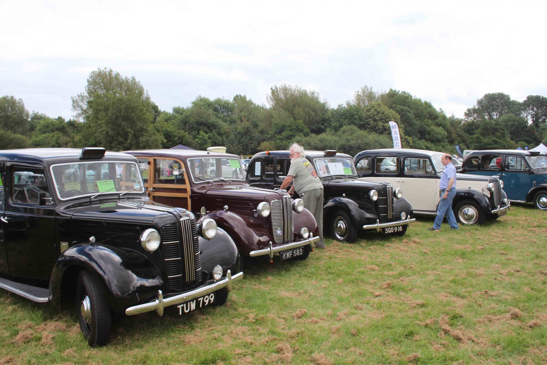 Uxbridge Annual Show - 1950s Austins - two FX3s and two FL1s